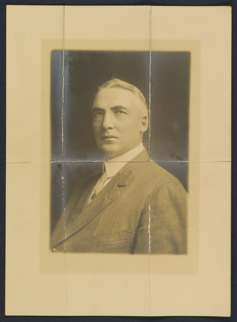 Photograph of Warren G. Harding on the back of a letter to Carrie Fulton Phillips, December 24, 1910