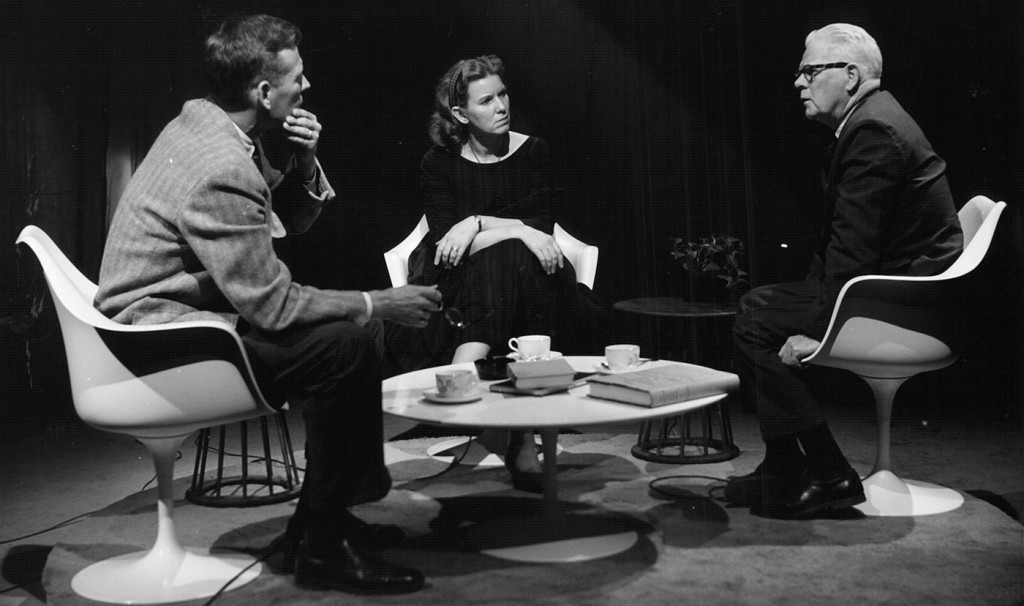 Jean Ritchie with folklorists Tristram Coffin (left) and MacEdward Leach (right), ca. 1963.  The three were appearing on the Lyrics and Legends TV series on WHYY in Philadelphia.