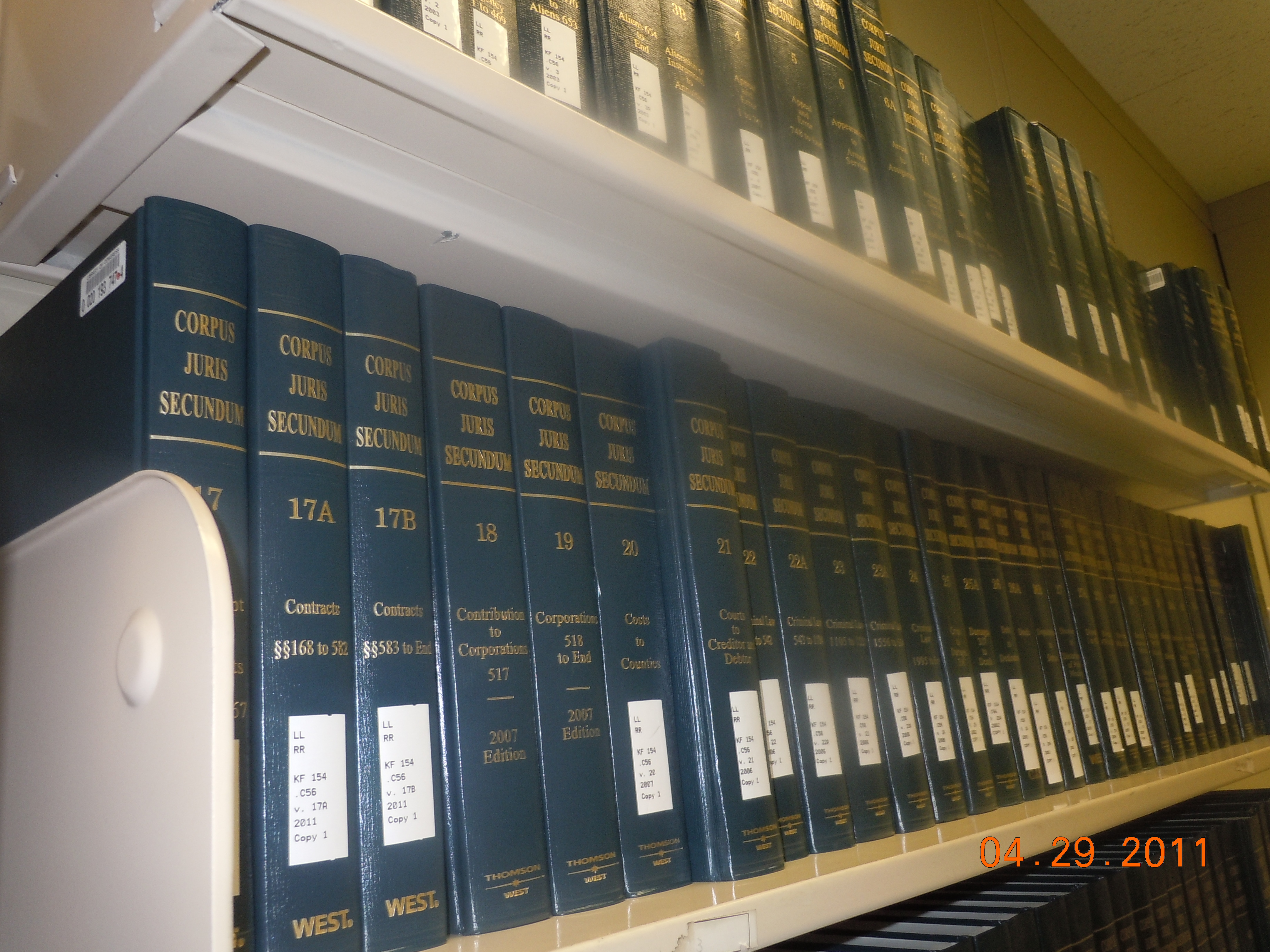 Are a variety of secondary sources available to researchers of u s law