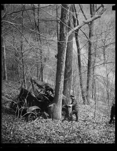 Automobile crash in woods. Photograph by Harris and Ewing. (Created between 1923 and 1929). Library of Congress Prints and Photographs Division, //hdl.loc.gov/loc.pnp/hec.34034