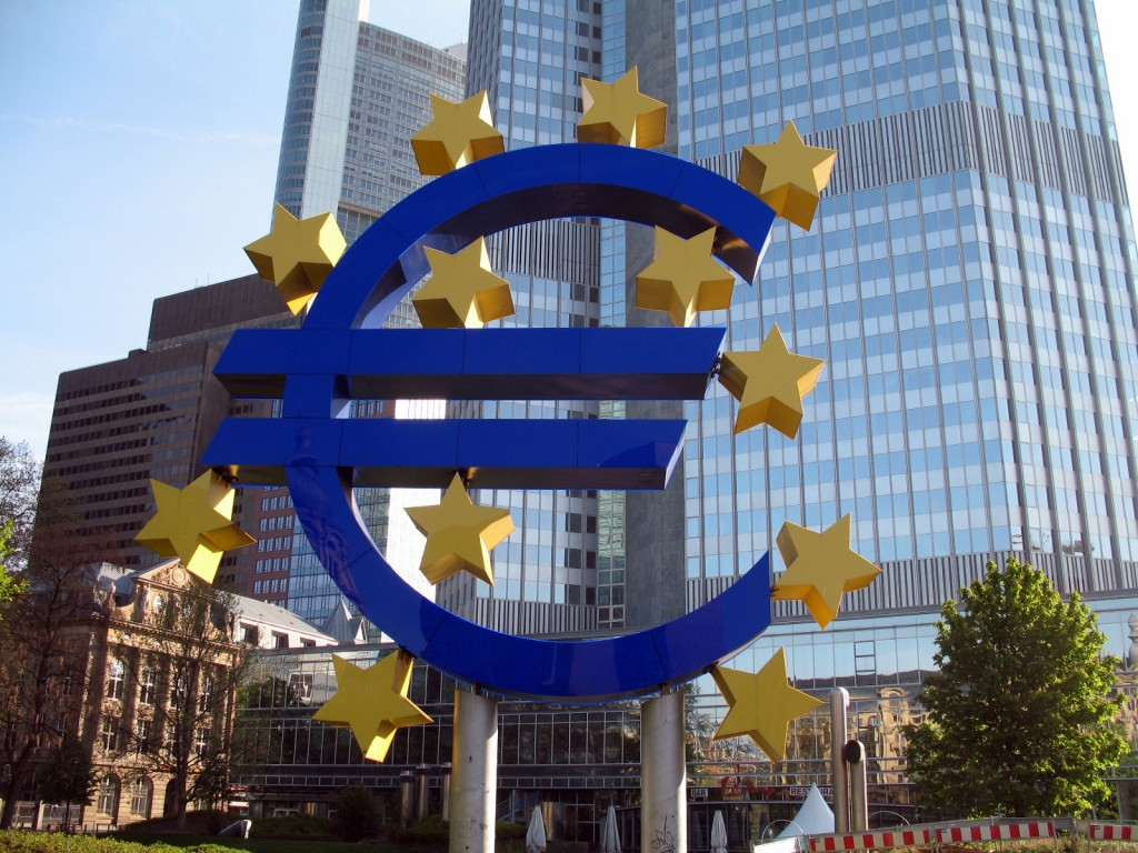 Euro Symbol outside ECB. Photo by Flickr user MPD01605, May 3, 2008. Used under Creative Commons License,https://creativecommons.org/licenses/by-sa/2.0/.