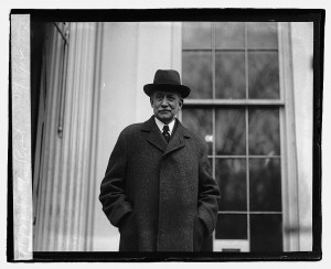 Elihu Root, 12/15/22. Library of Congress Prints and Photographs Division, //hdl.loc.gov/loc.pnp/npcc.07505.