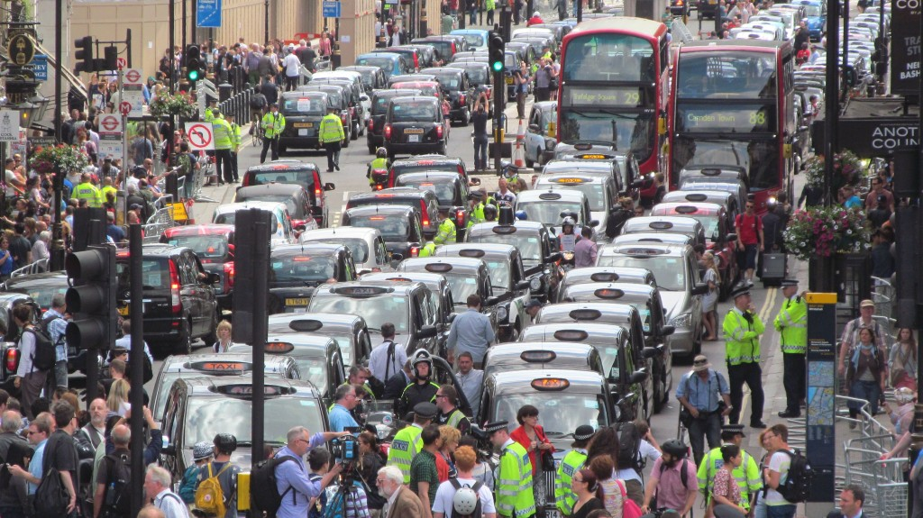London anti-Uber taxi protest. (Photo by Flickr user David Holt, Jun. 11, 2014. Used under Creative Commons license,https://creativecommons.org/licenses/by/2.0/.