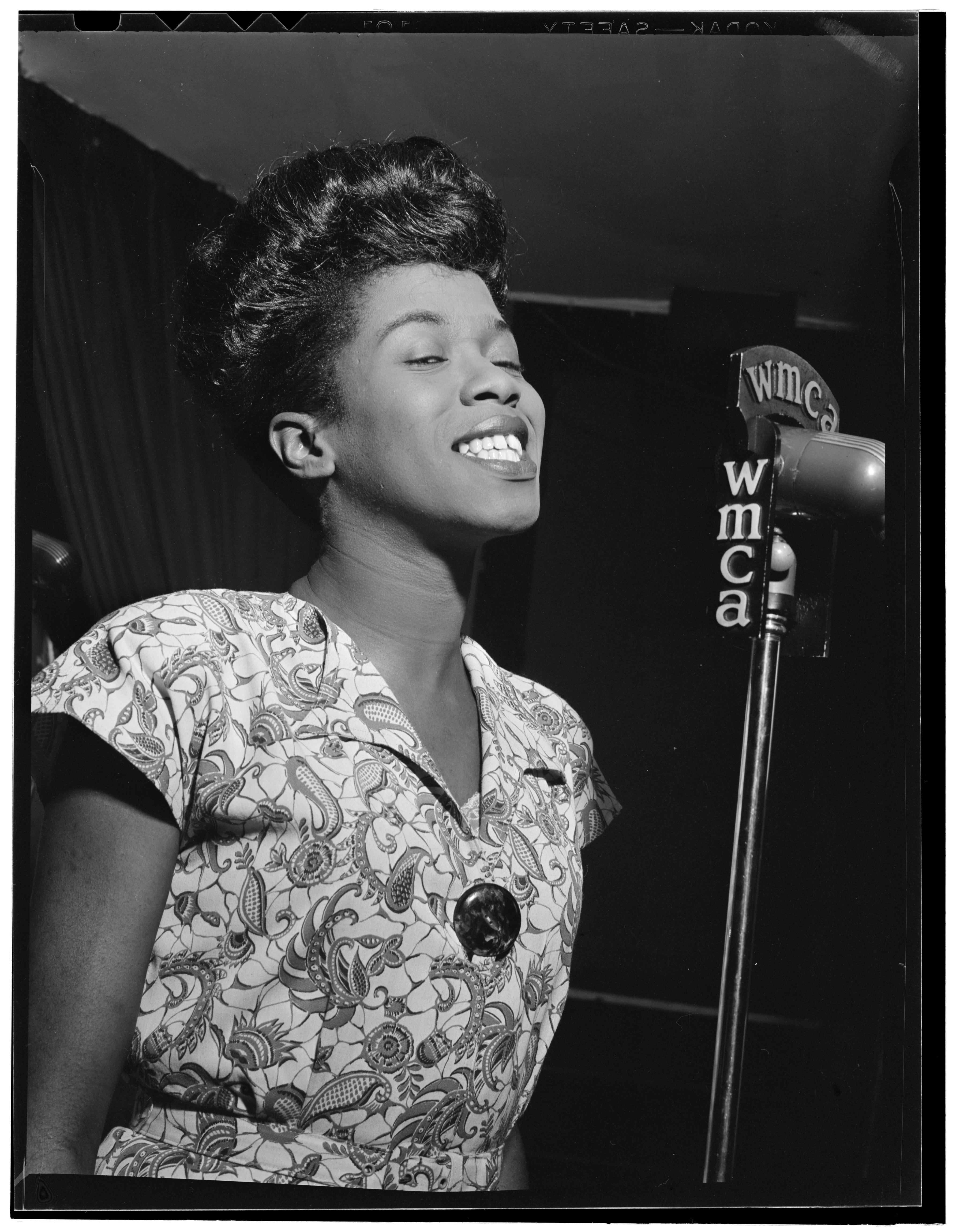all this jazz library of congress blog sarah vaughan performs at café society in 1946 in this photo by william gottlieb music