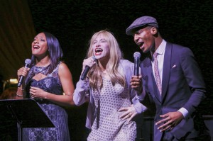 Carly Simon perfroms with Shelea Frazier and Jon Batiste. Photo by Amanda Reynolds