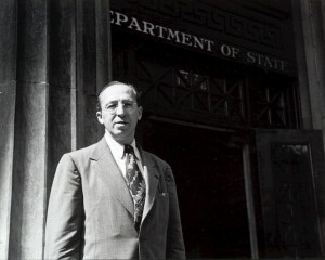 Aaron Copland in front of the State Department, 1947. Copland Collection, Music Division, Library of Congress.