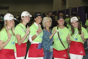 JLW volunteers with author Kate DiCamillo at the 2014 National Book Festival.