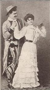 Photo of Argentinian singers Alfredo and Mrs. Gobi.