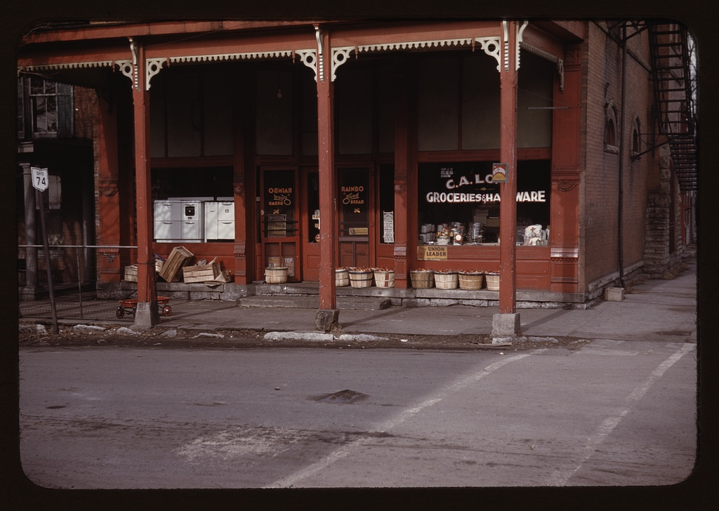 Grocery store, Ohio, Route 74. Photo by John Vachon, 1942 or 1943