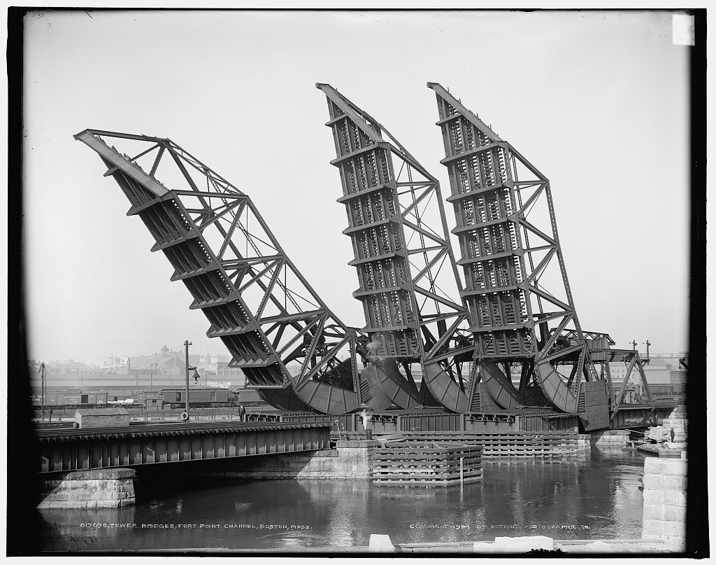 Tower bridges, Fort Point Channel, Boston, Mass. Photo by Detroit Publishing Company, copyrighted 1904