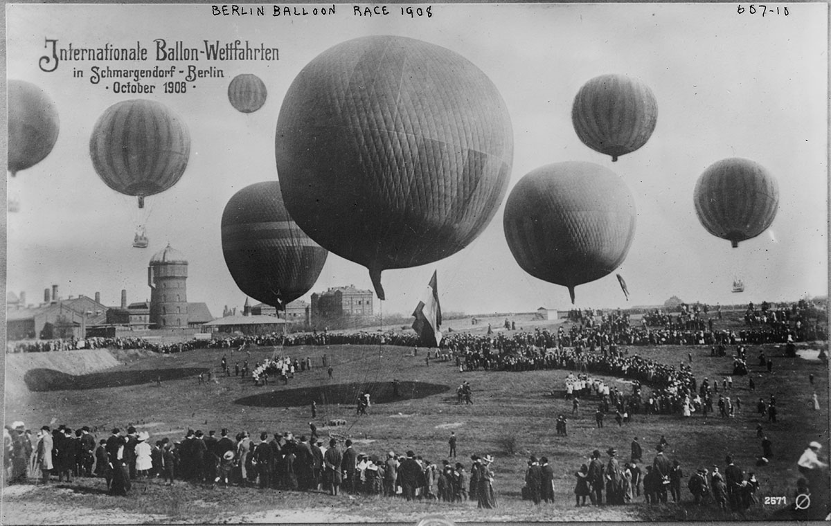 Field and balloons in Berlin Balloon Race. Photo from George Grantham Bain Collection, 1908. //hdl.loc.gov/loc.pnp/ggbain.02937