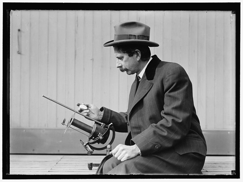 [Charles Greeley Abbot, astrophysicist and Secretary of the Smithsonian, with his device: a silver-disc pyrheliometer which measures direct beam solar irradiance] Photo by Harris & Ewing, between 1913 and 1917. http://hdl.loc.gov/loc.pnp/hec.04702
