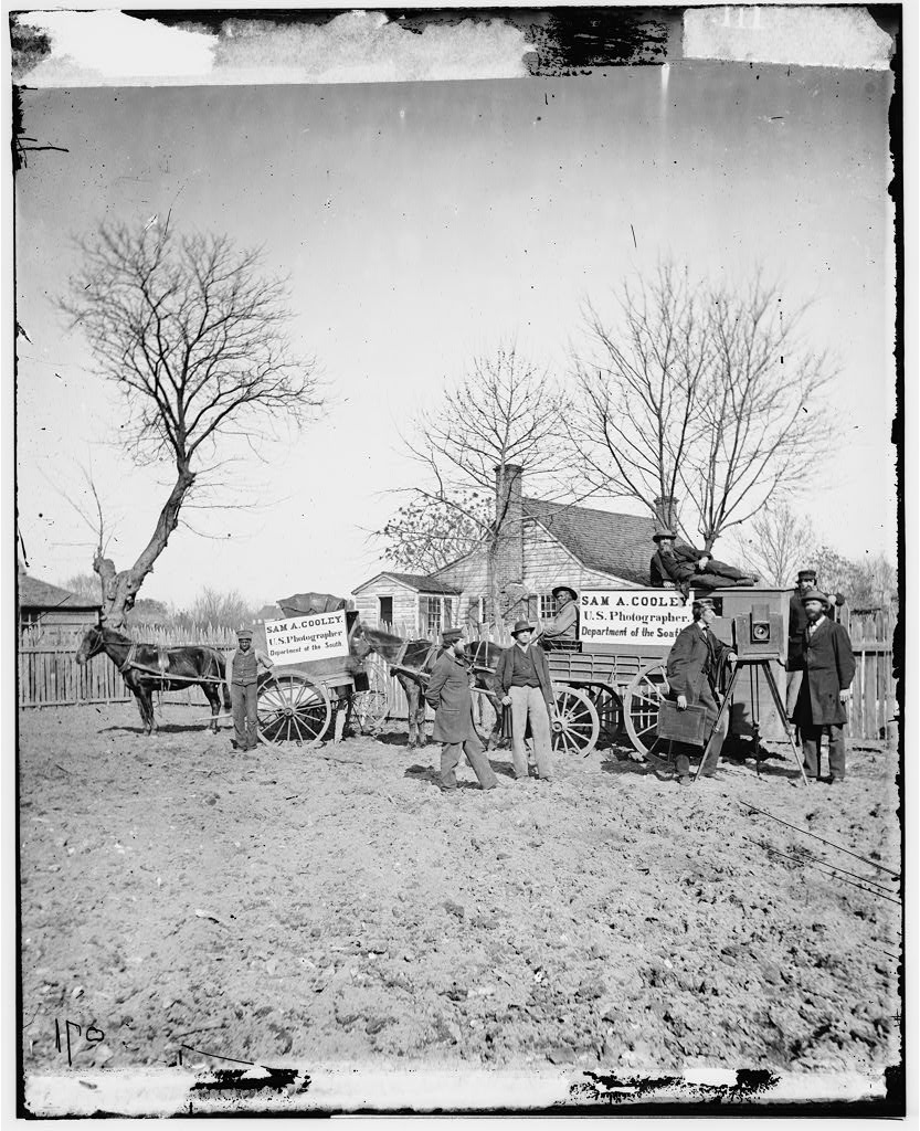 Unknown location. Wagons and camera of Sam A. Cooley, U.S. photographer, Department of the South.  Photo, between 1860 and 1865. //hdl.loc.gov/loc.pnp/cwpb.03518