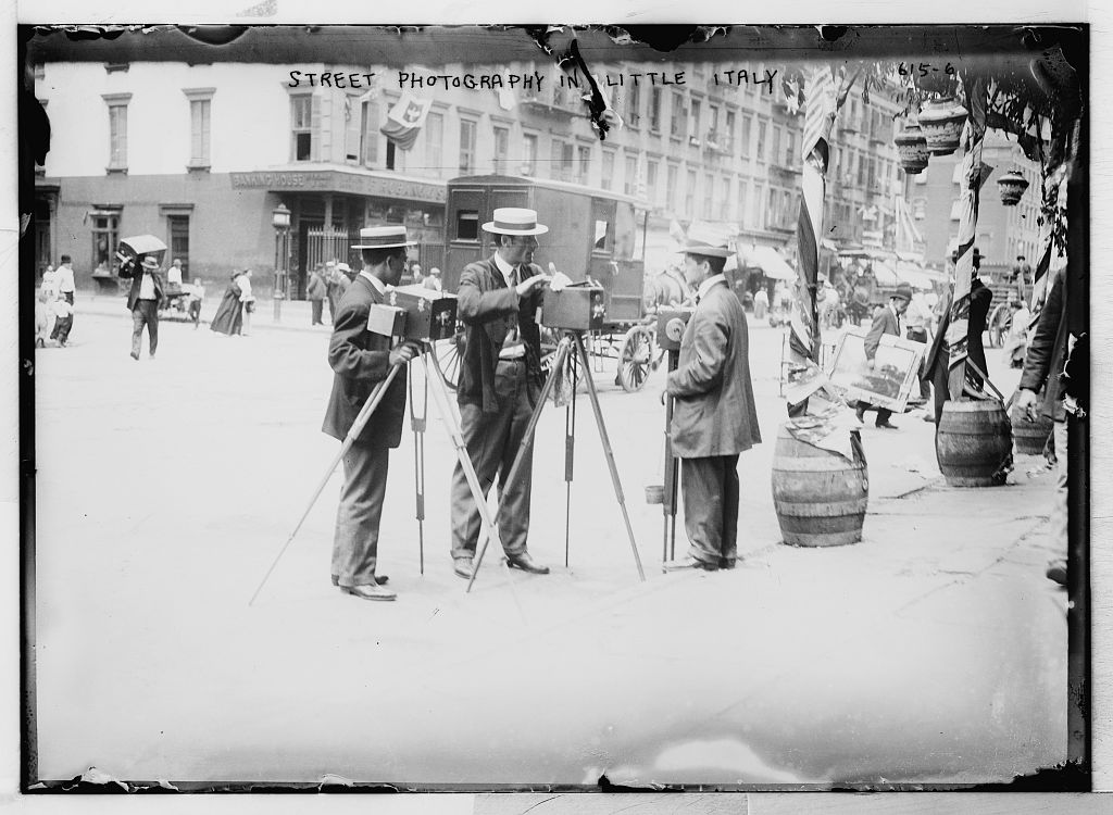Street photographers, Little Italy, New York. Photo by Bain News Service. hdl.loc.gov/loc.pnp/ggbain.02979