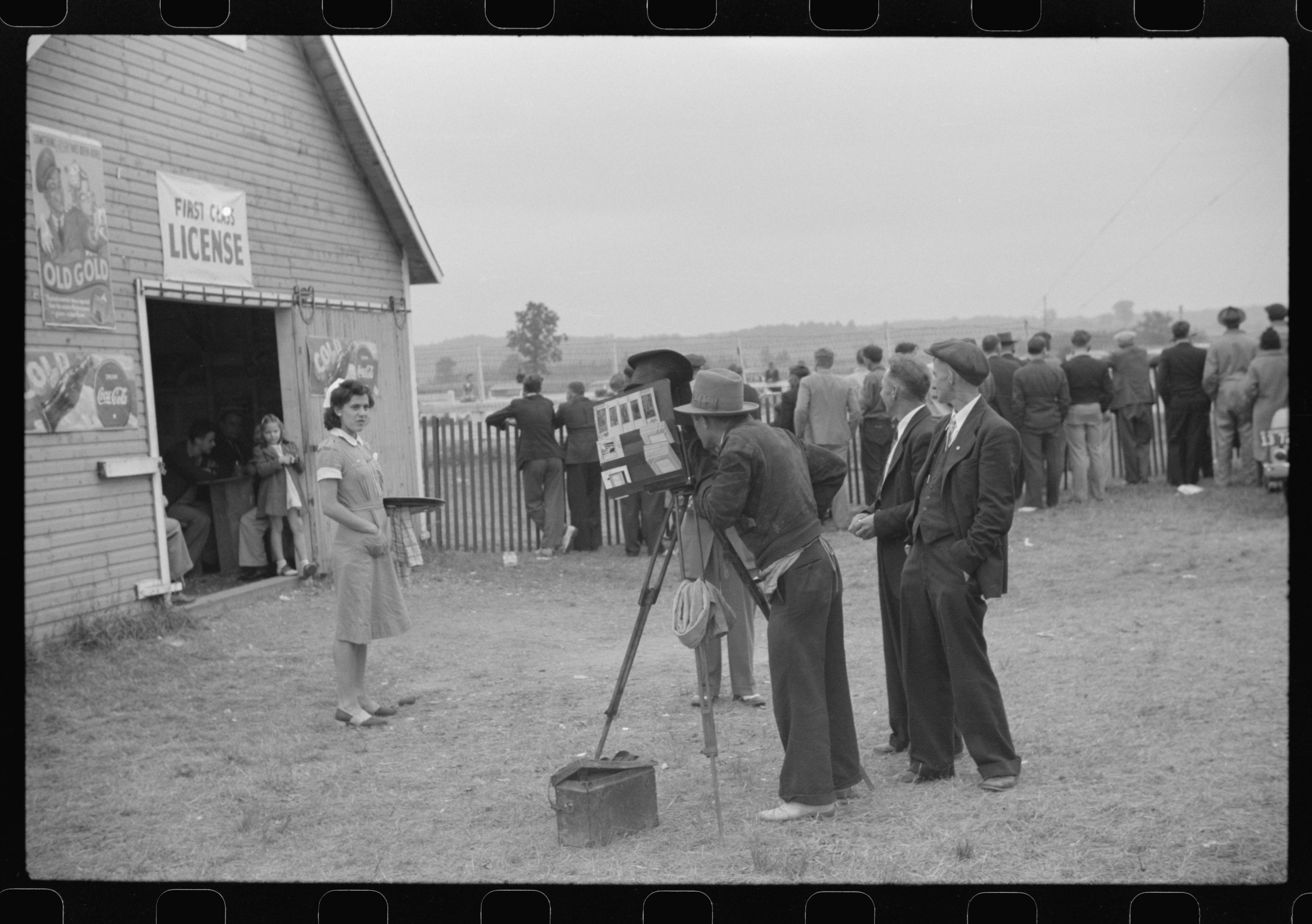 Essex Junction, Vermont. Tintype photographer at the Champlain Valley Exposition. Photo by Jack Delano, 1941 Aug. hdl.loc.gov/loc.pnp/fsa.8a36744