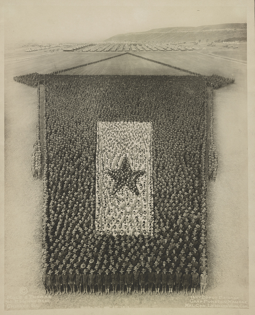 The living service flag This picture was laid out on the beautiful polo field, near Fort Riley, Kansas. Photo by Mole & Thomas, circa 1918. hdl.loc.gov/loc.pnp/ds.05464