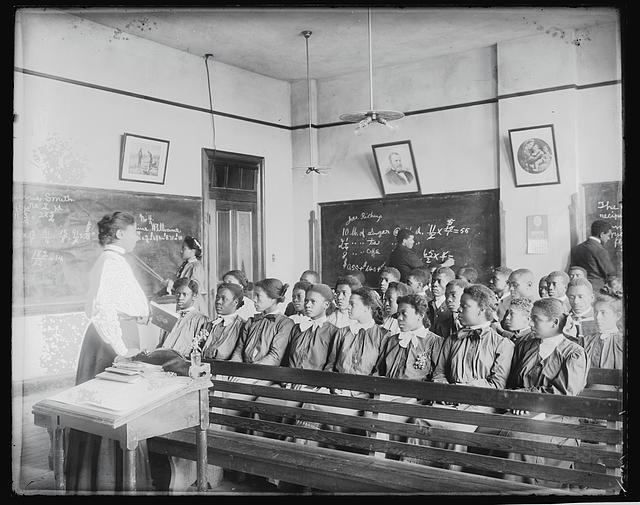 Mathematics class at Tuskegee Institute. Photo by Frances Benjamin Johnston, 1906. //hdl.loc.gov/loc.pnp/ds.03647