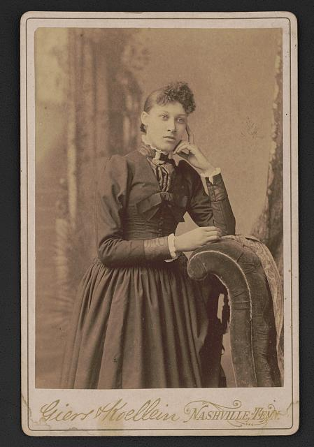 Lillian Parker Thomas (b. 1857- ?), journalist. Photo by Giers & Koellein, ca. 1890. //hdl.loc.gov/loc.pnp/ppmsca.50309