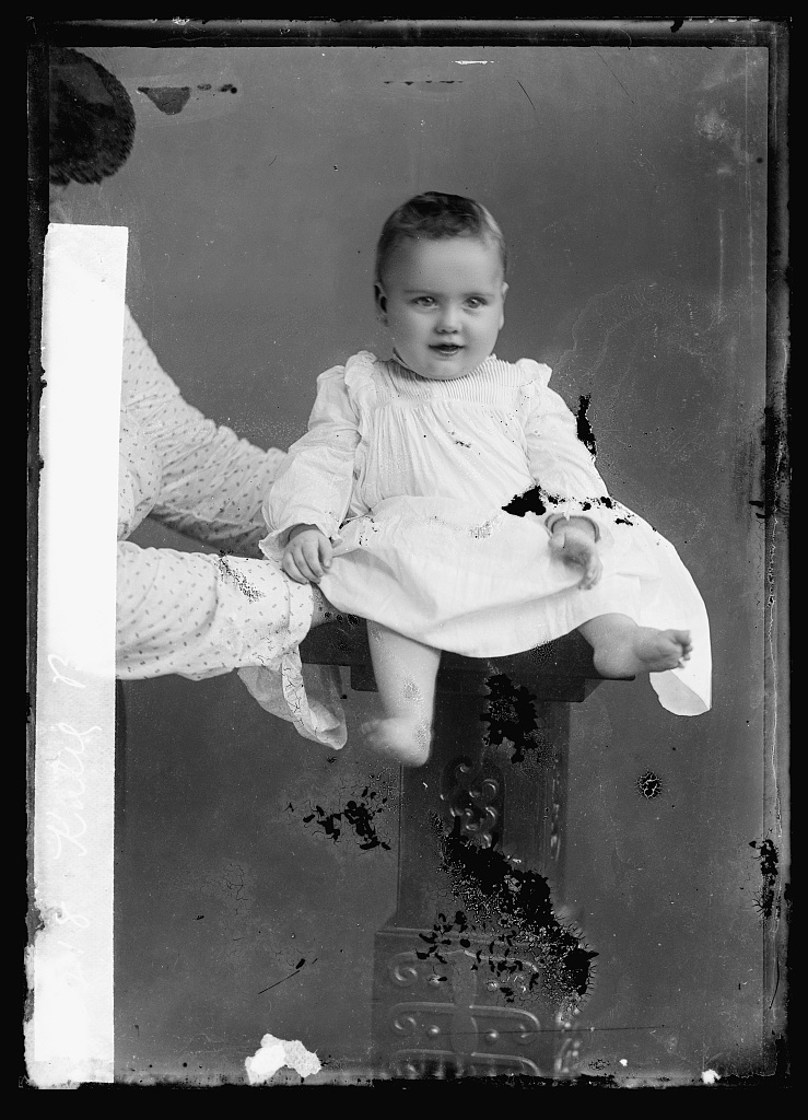 Katie Byrns. Photo by C. M. Bell, [between January 1891 and January 1894] //hdl.loc.gov/loc.pnp/bellcm.04735