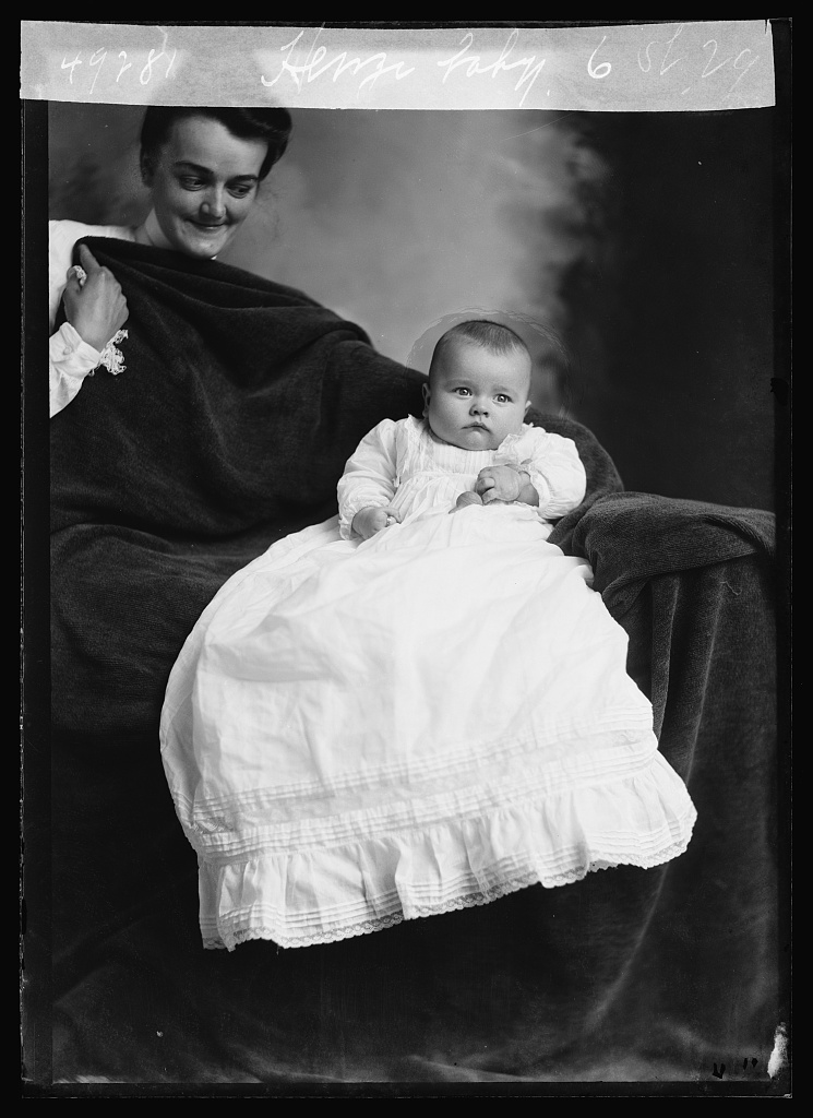 Henzi baby. Photo by C. M. Bell, [between February 1901 and December 1903] //hdl.loc.gov/loc.pnp/bellcm.14001