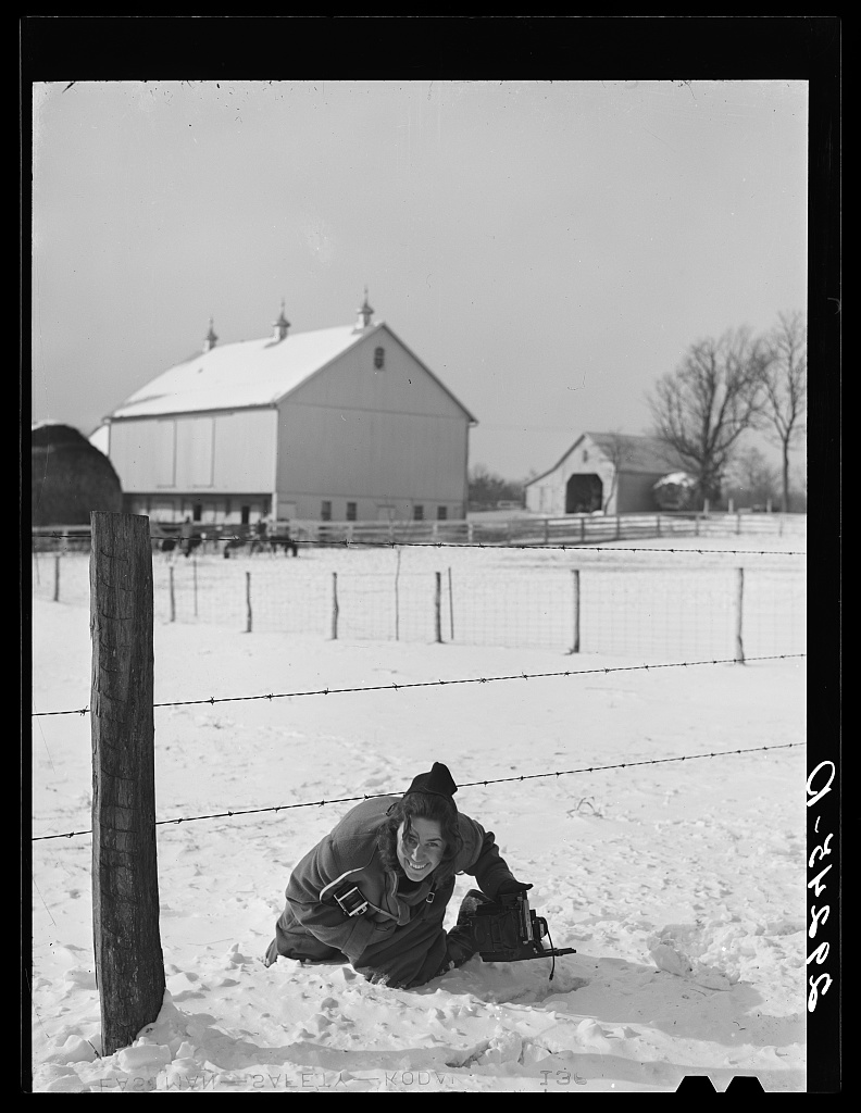 Marion Post Wolcott with Ikoflex III and Speed Graphic in hand in Montgomery County, Maryland. Photo by Arthur Rothstein, 1940 Jan. //hdl.loc.gov/loc.pnp/fsa.8b19325