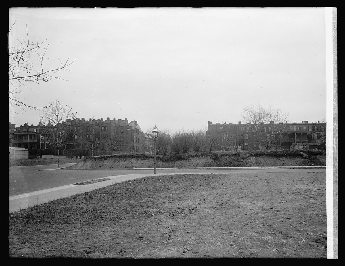 Site of Dutch Legation, 15th St., NW, [Washington, D.C.] Photo, National Photo Company Collection, between 1920 and 1921. //hdl.loc.gov/loc.pnp/npcc.29823