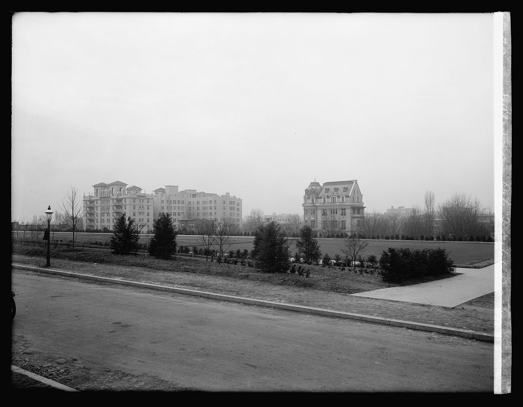 View from site of Dutch Legation, [Washington, D.C.]. Photo, National Photo Company Collection, between 1920 and 1921. //hdl.loc.gov/loc.pnp/npcc.29824