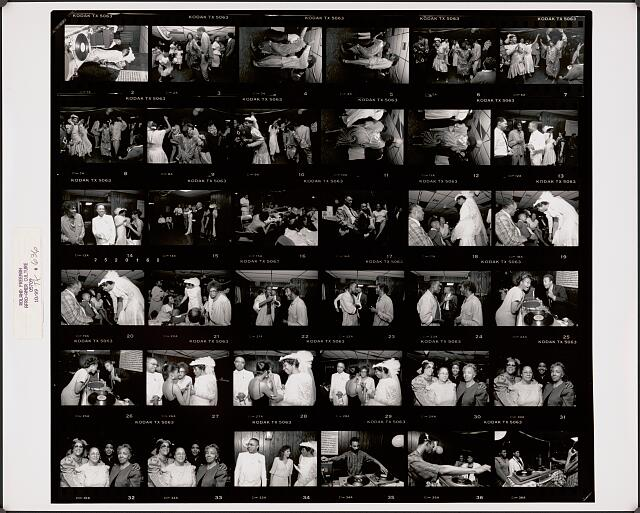 The Wedding reception for Jackie and Daryl Green. Photo contact sheet by Roland L. Freeman, 1989. //hdl.loc.gov/loc.pnp/ppmsca.69204