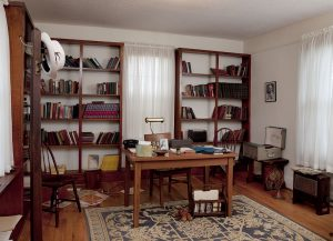 Martin Luther King's study, Dexter Parsonage Museum, Montgomery, Alabama. Carol Highsmith, 2010